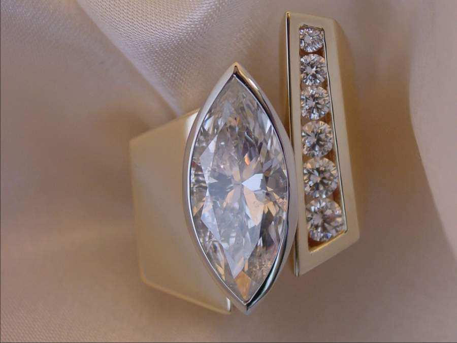 ring-gold-and-diamonds